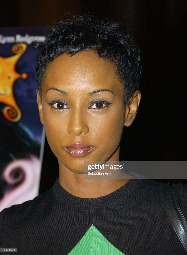 Actress Trina McGee-Davis arrives at the premiere of the movie 'Hansel & Gretel' on October 14, 2002 in Los Angeles, California.