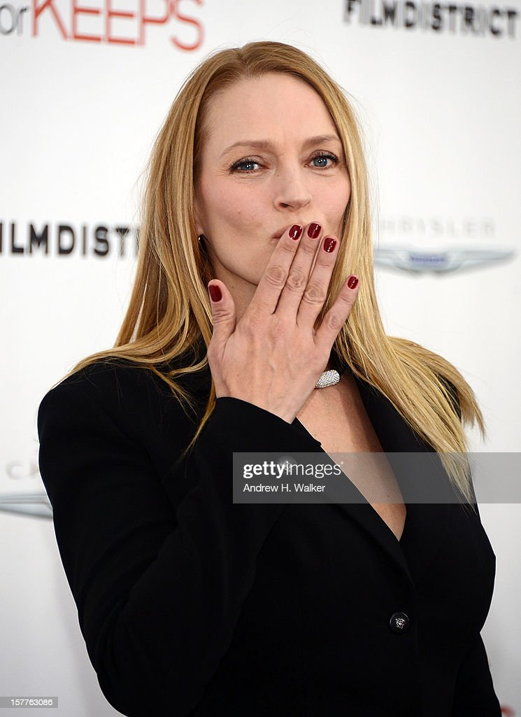 Actress <a gi-track='captionPersonalityLinkClicked' href=/galleries/search?phrase=Uma+Thurman&family=editorial&specificpeople=171973 ng-click='$event.stopPropagation()'>Uma Thurman</a> attends the Film District and Chrysler with The Cinema Society premiere of 'Playing For Keeps' at AMC Lincoln Square Theater on December 5, 2012 in New York City.