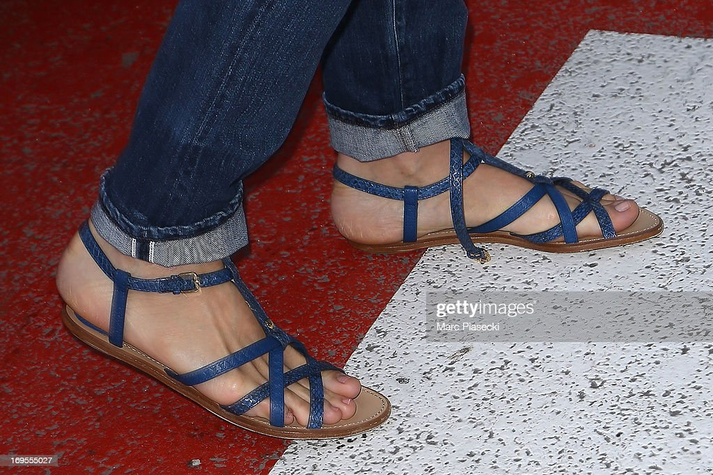 Actress Uma Thurman (shoe detail) is sighted at Nice airport after the 66th Annual Cannes Film Festival on May 27, 2013 in Nice, France.