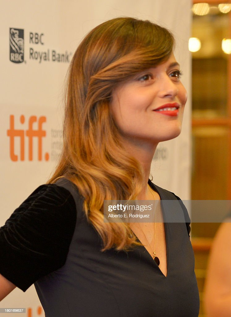 Actress <a gi-track='captionPersonalityLinkClicked' href=/galleries/search?phrase=Valeria+Bilello&family=editorial&specificpeople=5338724 ng-click='$event.stopPropagation()'>Valeria Bilello</a> arrives at the 'One Chance' Premiere during the 2013 Toronto International Film Festival at Winter Garden Theatre on September 9, 2013 in Toronto, Canada.