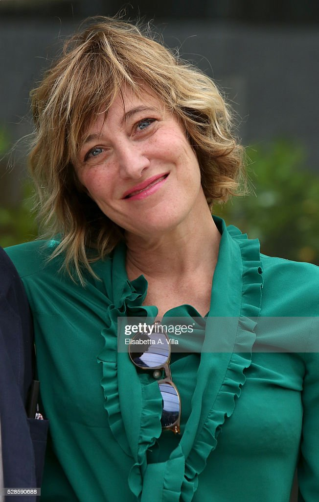 Actress <a gi-track='captionPersonalityLinkClicked' href=/galleries/search?phrase=Valeria+Bruni+Tedeschi&family=editorial&specificpeople=225076 ng-click='$event.stopPropagation()'>Valeria Bruni Tedeschi</a> attends a photocall for 'La Pazza Gioia' at Visconti Palace Hotel on May 6, 2016 in Rome, Italy.
