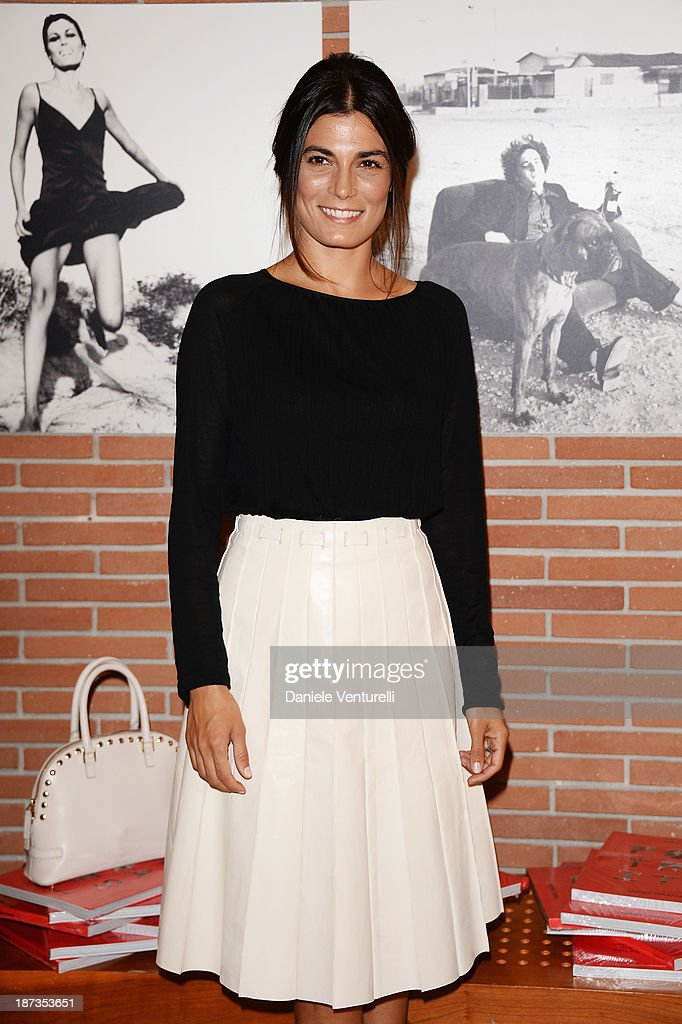 Actress <a gi-track='captionPersonalityLinkClicked' href=/galleries/search?phrase=Valeria+Solarino&family=editorial&specificpeople=830514 ng-click='$event.stopPropagation()'>Valeria Solarino</a> attends the Rome Film Festival Opening Press Conference during the 8th Rome Film Festival at the Auditorium Parco Della Musica on November 8, 2013 in Rome, Italy.