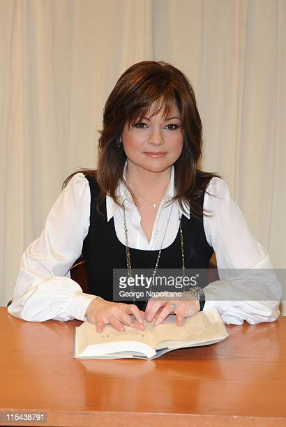 Actress Valerie Bertinelli signs copies of her new book 'Losing It' at Barnes Noble on February 27 2008 in New York City