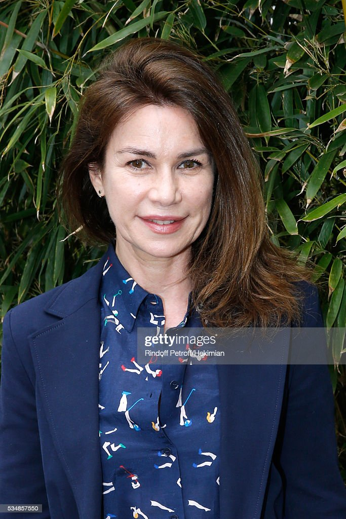 Actress <a gi-track='captionPersonalityLinkClicked' href=/galleries/search?phrase=Valerie+Kaprisky&family=editorial&specificpeople=1623207 ng-click='$event.stopPropagation()'>Valerie Kaprisky</a> attends Day Seven of the 2016 French Tennis Open at Roland Garros on May 28, 2016 in Paris, France.