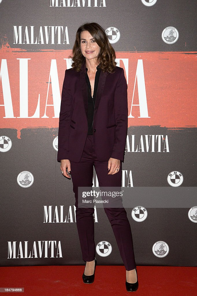 Actress <a gi-track='captionPersonalityLinkClicked' href=/galleries/search?phrase=Valerie+Kaprisky&family=editorial&specificpeople=1623207 ng-click='$event.stopPropagation()'>Valerie Kaprisky</a> attends the 'Malavita' premiere on October 16, 2013 in Roissy-en-France, France.