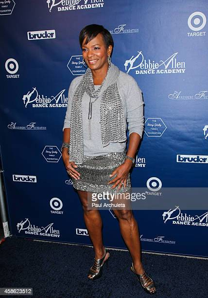 Actress Vanessa Bell Calloway attends 'Impressions A Magical Night Of Dance' A fundraiser for the Debbie Allen Dance Academy at The Wallis Annenberg...