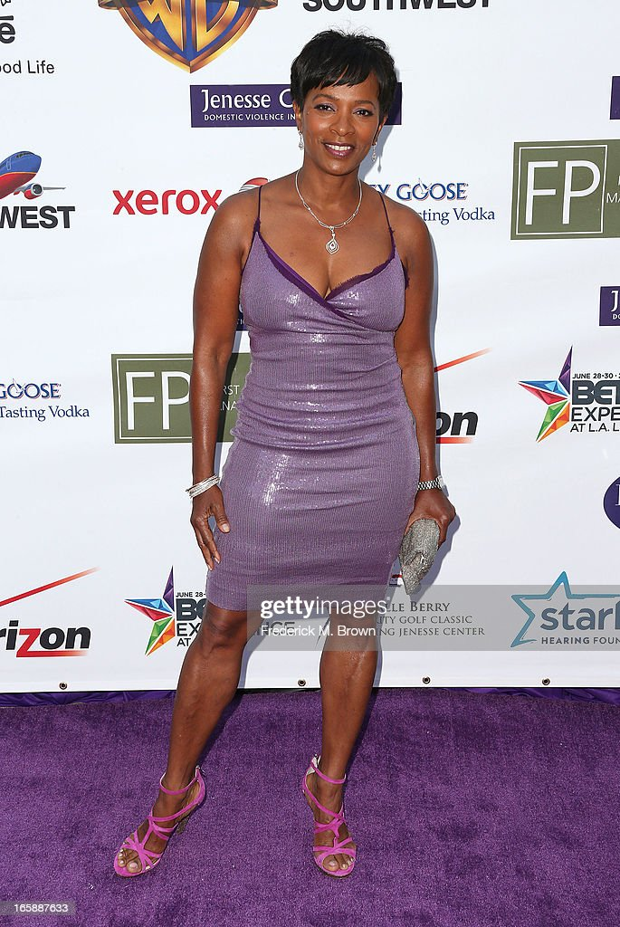 Actress <a gi-track='captionPersonalityLinkClicked' href=/galleries/search?phrase=Vanessa+Bell+Calloway&family=editorial&specificpeople=847125 ng-click='$event.stopPropagation()'>Vanessa Bell Calloway</a> attends the 2013 Jenesse Silver Rose Awards Gala and Auction at Vibiana on April 6, 2013 in Los Angeles, California.