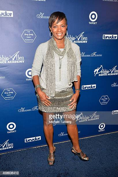 Actress Vanessa Bell Calloway attends the 'Impressions A Magical Night Of Dance' fundraiser for the Debbie Allen Dance Academy at The Wallis...