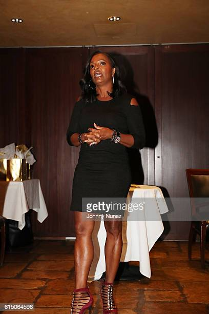 Actress Vanessa Bell Calloway attends the LFZ Partnership Dinner at Del Frisco's on October 16 2016 in New York City