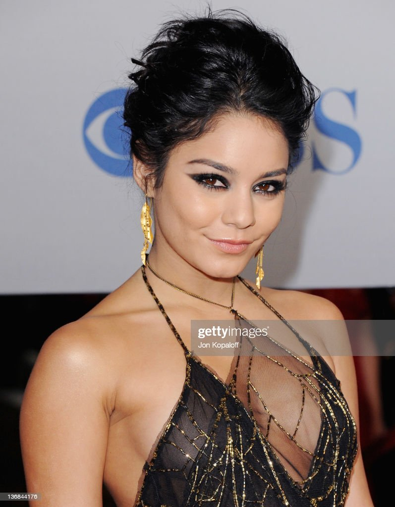 Actress Vanessa Hudgens arrives at the 2012 People's Choice Awards at Nokia Theatre L.A. Live on January 11, 2012 in Los Angeles, California.