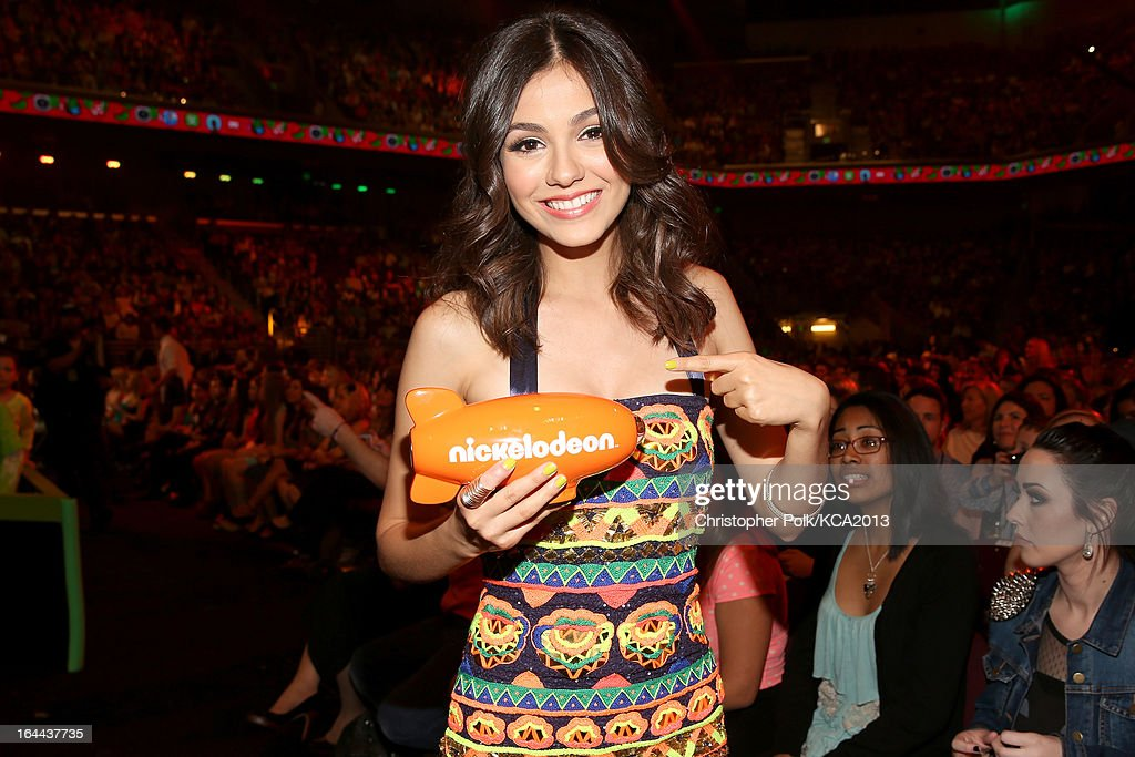 Actress Victoria Justice accepts the Kids' Choice Award for Favorite TV Show at Nickelodeon's 26th Annual Kids' Choice Awards at USC Galen Center on March 23, 2013 in Los Angeles, California.