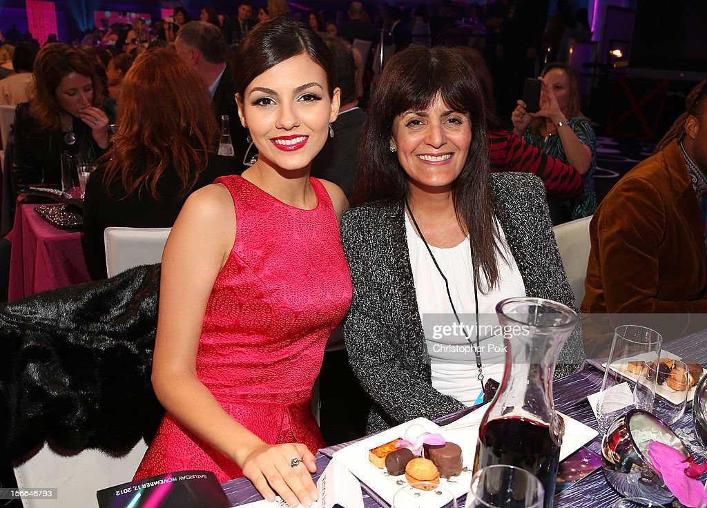Actress Victoria Justice and Serene Justice attend Nickelodeon's 2012 TeenNick HALO Awards at Hollywood Palladium on November 17, 2012 in Hollywood, California. The show premieres on Monday, November 19th, 8:00p.m. (ET) on Nick at Nite.