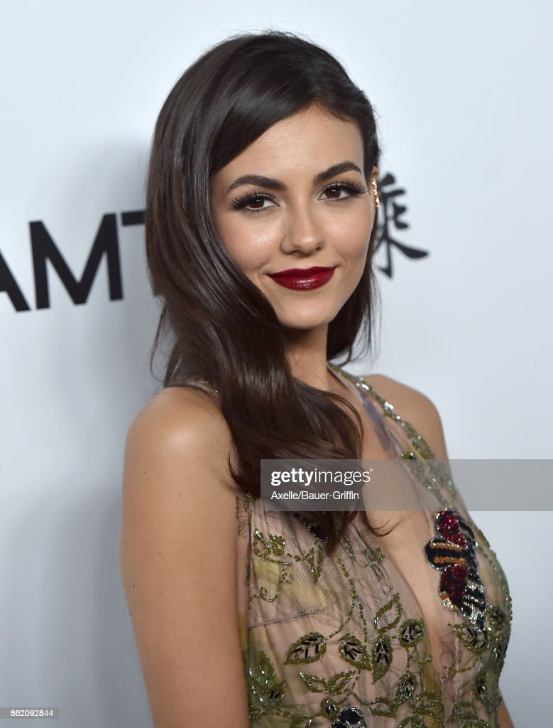 Actress Victoria Justice arrives at amfAR Los Angeles 2017 at Ron Burkle's Green Acres Estate on October 13, 2017 in Beverly Hills, California.