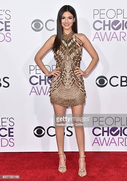 Actress Victoria Justice arrives at the 2017 People's Choice Awards at Microsoft Theater on January 18 2017 in Los Angeles California