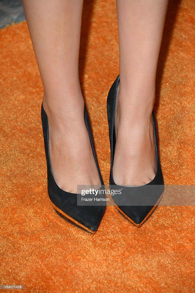 Actress Victoria Justice arrives at the Premiere of Paramount Pictures' 'Fun Size' at Paramount Theater on the Paramount Studios lot on October 25, 2012 in Hollywood, California.