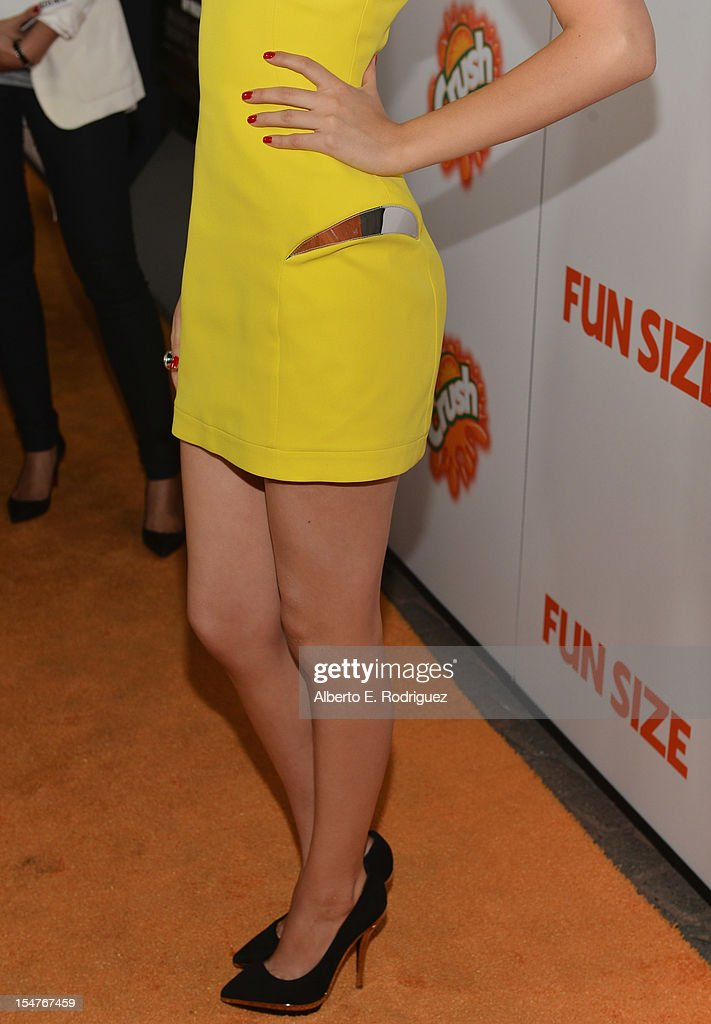 Actress Victoria Justice arrives to the premiere of Paramount Pictures' 'Fun Size' at Paramount Theater on the Paramount Studios lot on October 25, 2012 in Hollywood, California.