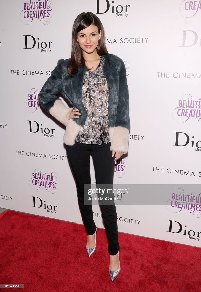 Actress <a gi-track='captionPersonalityLinkClicked' href=/galleries/search?phrase=Victoria+Justice&family=editorial&specificpeople=569887 ng-click='$event.stopPropagation()'>Victoria Justice</a> attends The Cinema Society And Dior Beauty Presents A Screening Of 'Beautiful Creatures' at Tribeca Cinemas on February 11, 2013 in New York City.