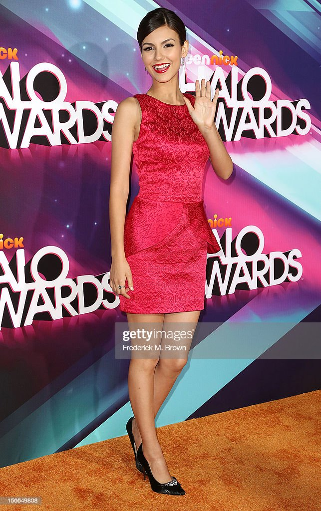 Actress <a gi-track='captionPersonalityLinkClicked' href=/galleries/search?phrase=Victoria+Justice&family=editorial&specificpeople=569887 ng-click='$event.stopPropagation()'>Victoria Justice</a> attends the TeenNick HALO Awards at The Hollywood Palladium on November 17, 2012 in Los Angeles, California.