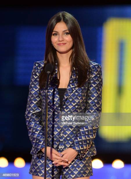 Actress Victoria Justice speaks onstage during Cartoon Network's fourth annual Hall of Game Awards at Barker Hangar on February 15 2014 in Santa...