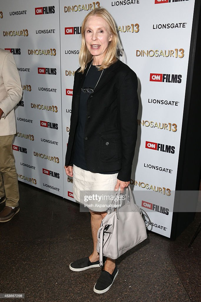 Actress <a gi-track='captionPersonalityLinkClicked' href=/galleries/search?phrase=Victoria+Tennant&family=editorial&specificpeople=228676 ng-click='$event.stopPropagation()'>Victoria Tennant</a> attends the premiere of Lionsgate and CNN Films' 'Dinosaur 13' at DGA Theater on August 12, 2014 in Los Angeles, California.