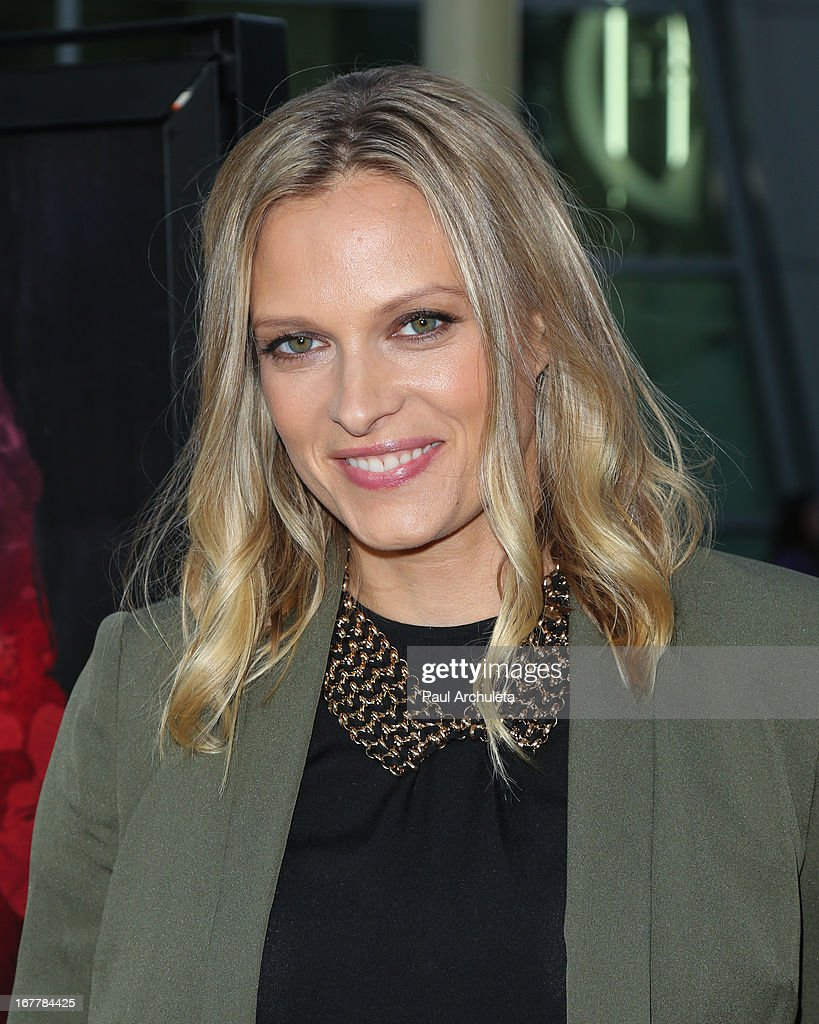 Actress Vinessa Shaw attends the special screening of 'Kiss Of The Damned' at the ArcLight Hollywood on April 29, 2013 in Hollywood, California.