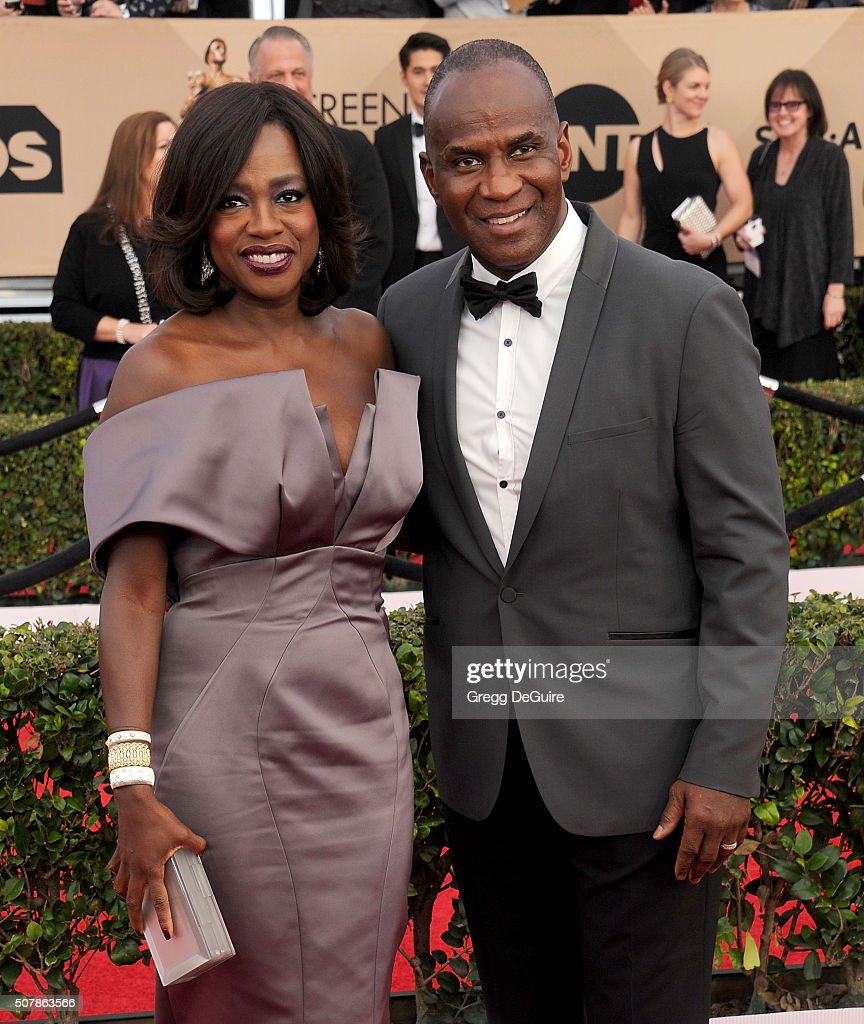 Actress Viola Davis and husband Julius Tennon arrive at the 22nd Annual Screen Actors Guild Awards at The Shrine Auditorium on January 30, 2016 in Los Angeles, California.