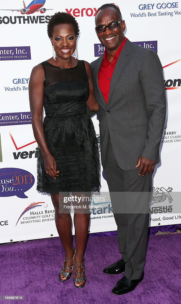 Actress <a gi-track='captionPersonalityLinkClicked' href=/galleries/search?phrase=Viola+Davis&family=editorial&specificpeople=653789 ng-click='$event.stopPropagation()'>Viola Davis</a> (L) and Julius Tennon attend the 2013 Jenesse Silver Rose Awards Gala and Auction at Vibiana on April 6, 2013 in Los Angeles, California.