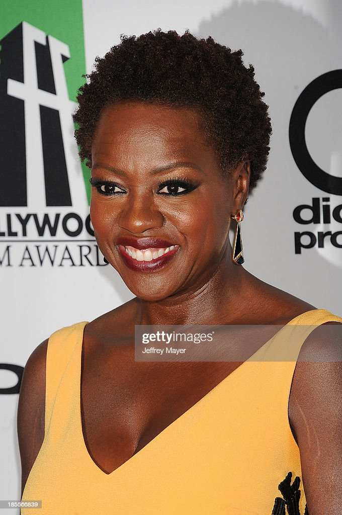 Actress <a gi-track='captionPersonalityLinkClicked' href=/galleries/search?phrase=Viola+Davis&family=editorial&specificpeople=653789 ng-click='$event.stopPropagation()'>Viola Davis</a> arrives at the 17th Annual Hollywood Film Awards at The Beverly Hilton Hotel on October 21, 2013 in Beverly Hills, California.