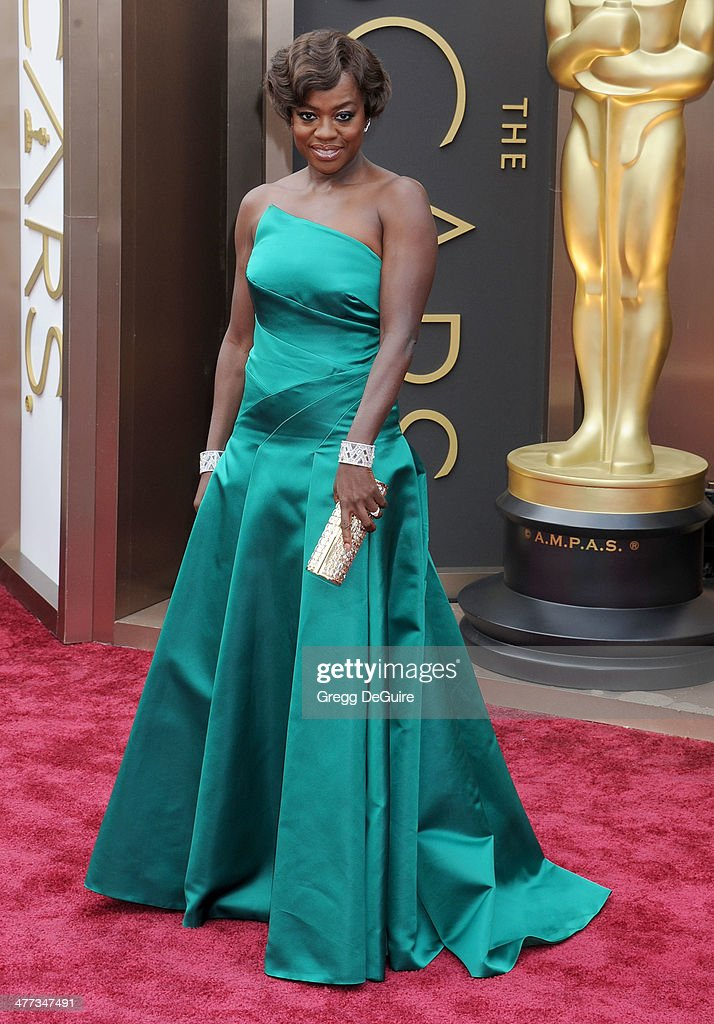 Actress <a gi-track='captionPersonalityLinkClicked' href=/galleries/search?phrase=Viola+Davis&family=editorial&specificpeople=653789 ng-click='$event.stopPropagation()'>Viola Davis</a> arrives at the 86th Annual Academy Awards at Hollywood & Highland Center on March 2, 2014 in Hollywood, California.