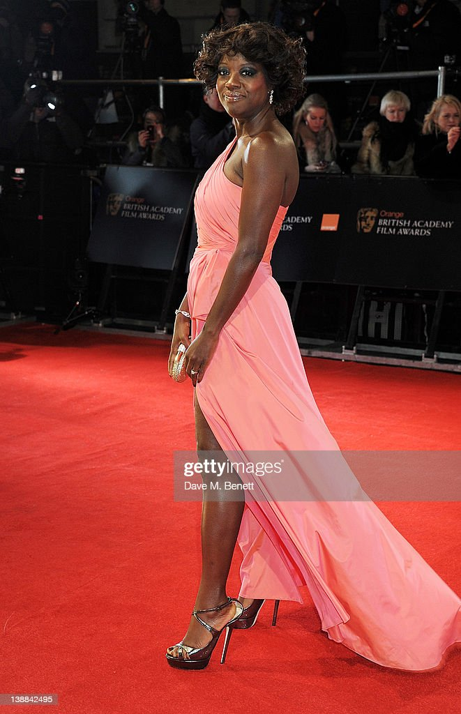 Actress <a gi-track='captionPersonalityLinkClicked' href=/galleries/search?phrase=Viola+Davis&family=editorial&specificpeople=653789 ng-click='$event.stopPropagation()'>Viola Davis</a> arrives at the Orange British Academy Film Awards 2012 at The Royal Opera House on February 12, 2012 in London, England.