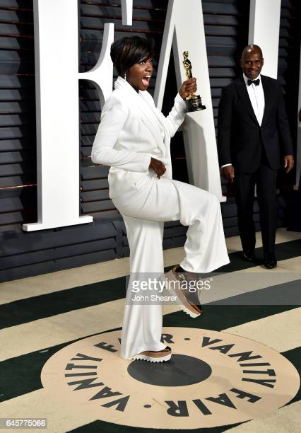 Actress Viola Davis attends the 2017 Vanity Fair Oscar Party hosted by Graydon Carter at Wallis Annenberg Center for the Performing Arts on February...