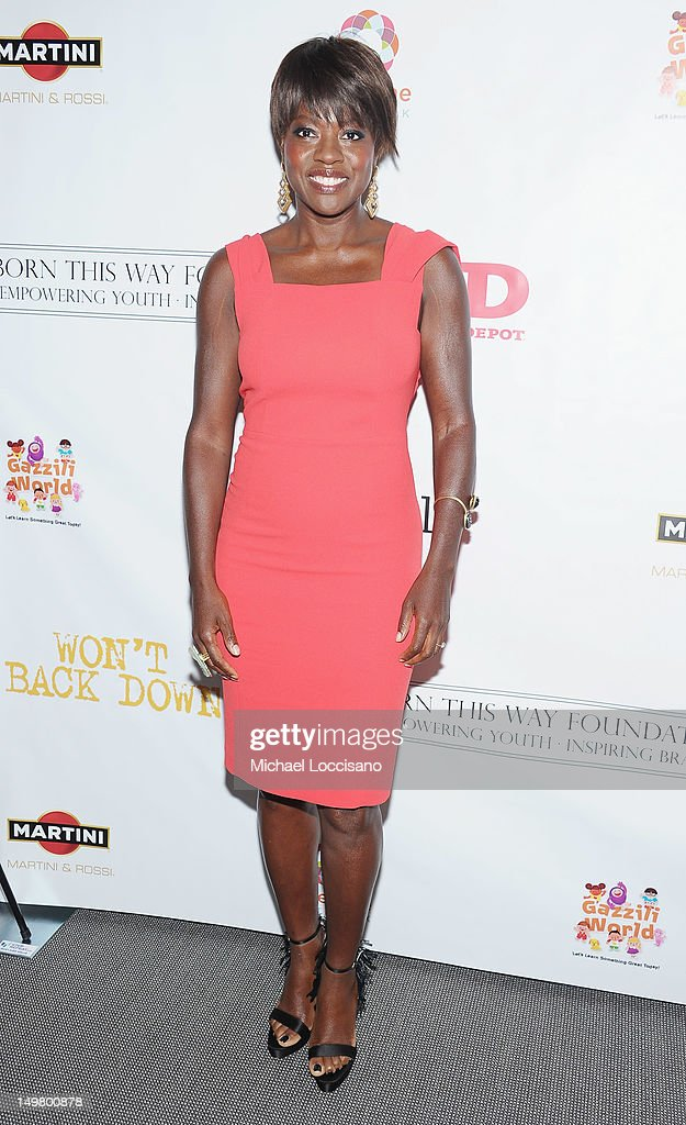 Actress <a gi-track='captionPersonalityLinkClicked' href=/galleries/search?phrase=Viola+Davis&family=editorial&specificpeople=653789 ng-click='$event.stopPropagation()'>Viola Davis</a> attends the 'Won't Back Down' screening at NYIT Auditorium on August 3, 2012 in New York City.