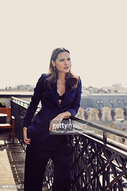 Actress Virginie Ledoyen is photographed for Madame Figaro on October 11 2016 in Paris France Suit bra Wave and Carré Chic necklace Totem earrings...