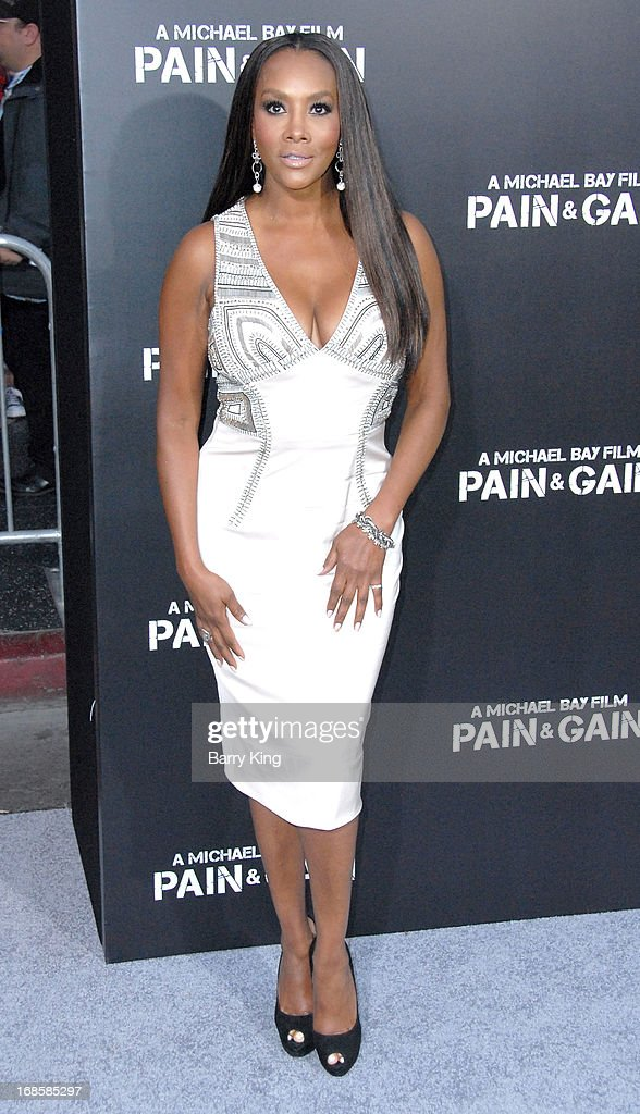 Actress Vivica A. Fox arrives at the Los Angeles Premiere 'Pain & Gain' at TCL Chinese Theatre on April 22, 2013 in Hollywood, California.