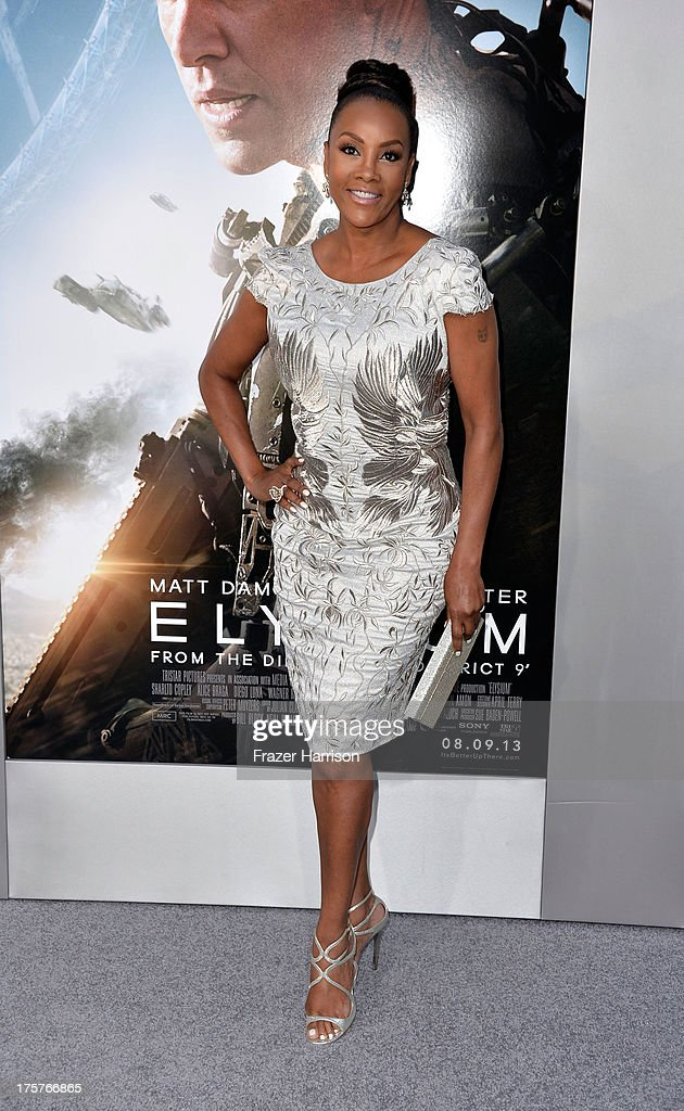 Actress <a gi-track='captionPersonalityLinkClicked' href=/galleries/search?phrase=Vivica+A.+Fox&family=editorial&specificpeople=201901 ng-click='$event.stopPropagation()'>Vivica A. Fox</a> arrives at the Premiere of TriStar Pictures' 'Elysium' at Regency Village Theatre on August 7, 2013 in Westwood, California.