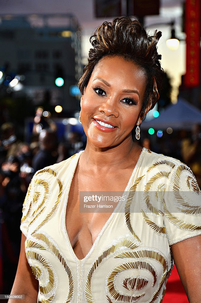 Actress <a gi-track='captionPersonalityLinkClicked' href=/galleries/search?phrase=Vivica+A.+Fox&family=editorial&specificpeople=201901 ng-click='$event.stopPropagation()'>Vivica A. Fox</a> arrives at Tri-Star Pictures' 'Sparkle' premiere at Grauman's Chinese Theatre on August 16, 2012 in Hollywood, California.
