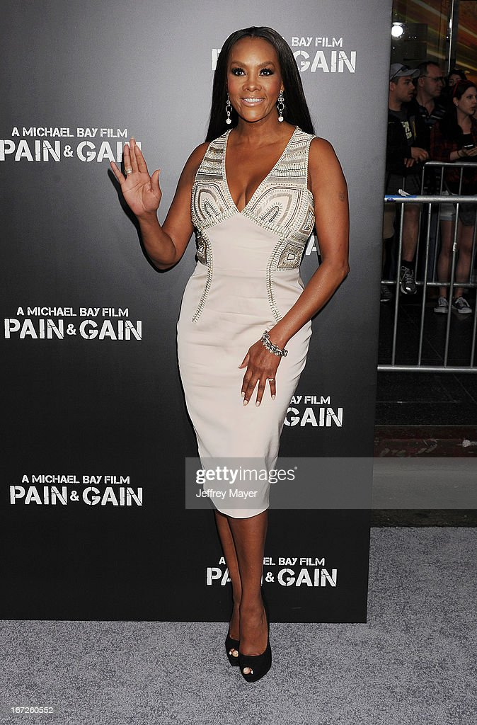 Actress Vivica A. Fox attends the 'Pain & Gain' premiere held at TCL Chinese Theatre on April 22, 2013 in Hollywood, California.