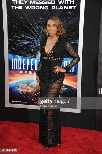 Actress Vivica A Fox attends the premiere of 20th Century Fox's 'Independence Day Resurgence' held at The TCL Chinese Theater on June 20 2016 in...
