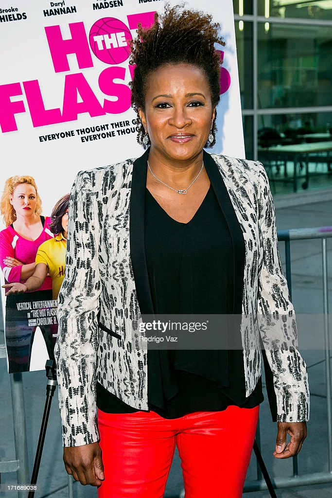 Actress <a gi-track='captionPersonalityLinkClicked' href=/galleries/search?phrase=Wanda+Sykes&family=editorial&specificpeople=208075 ng-click='$event.stopPropagation()'>Wanda Sykes</a> arrive at 'The Hot Flashes' Los Angeles premiere at ArcLight Cinemas on June 27, 2013 in Hollywood, California.