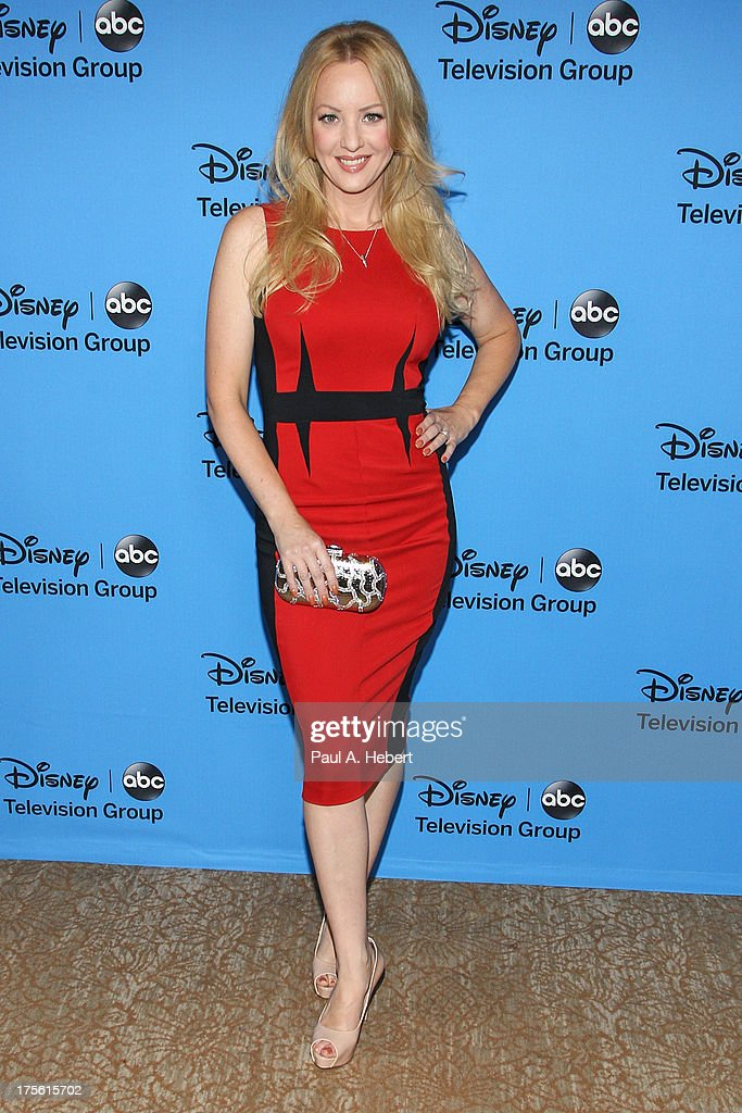 Actress Wendi McLendon-Covey attends the Disney & ABC Television Group's '2013 Summer TCA Tour' at The Beverly Hilton Hotel on August 4, 2013 in Beverly Hills, California.