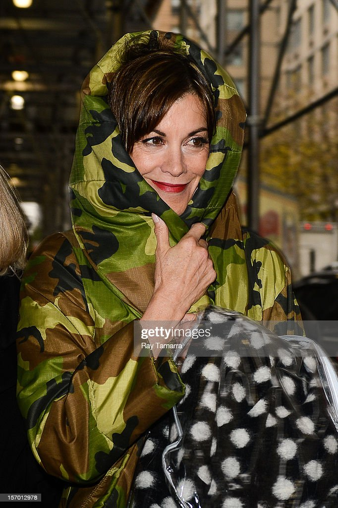 Actress Wendie Malick leaves the 'Wendy Williams Show' taping at the Chelsea Studios on November 27, 2012 in New York City.