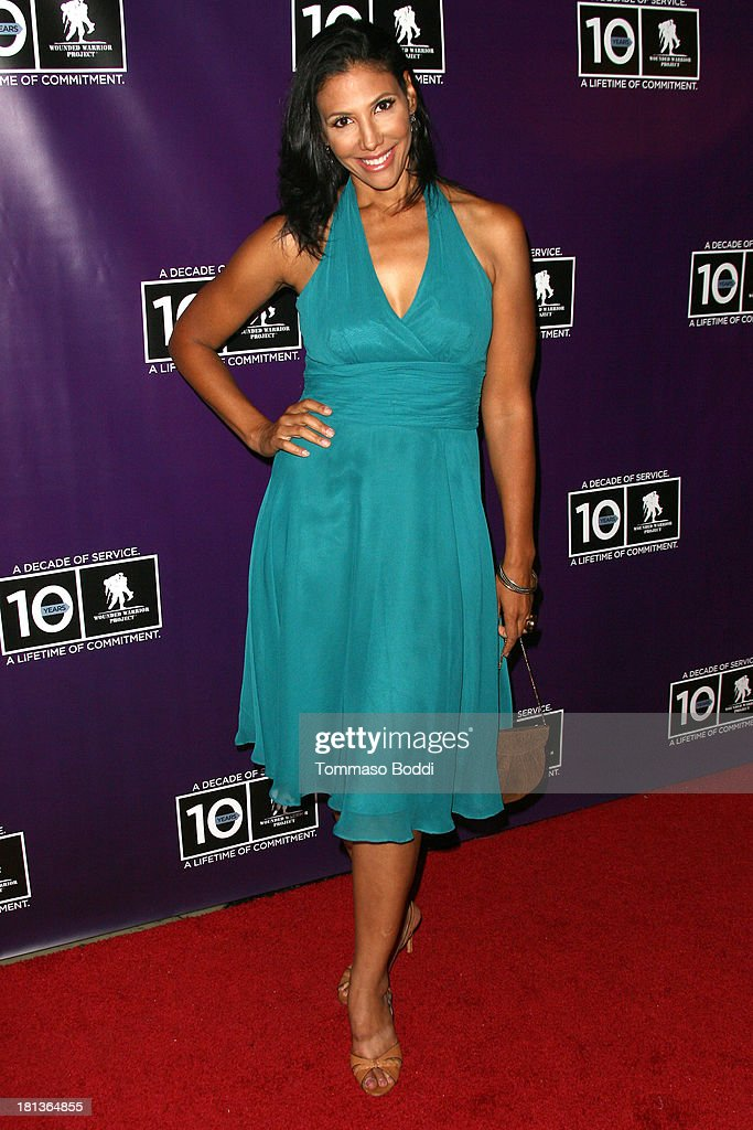 Actress Wendy Davis attends the Wounded Warrior Project style and beauty charity event held at Avalon on September 20, 2013 in Hollywood, California.