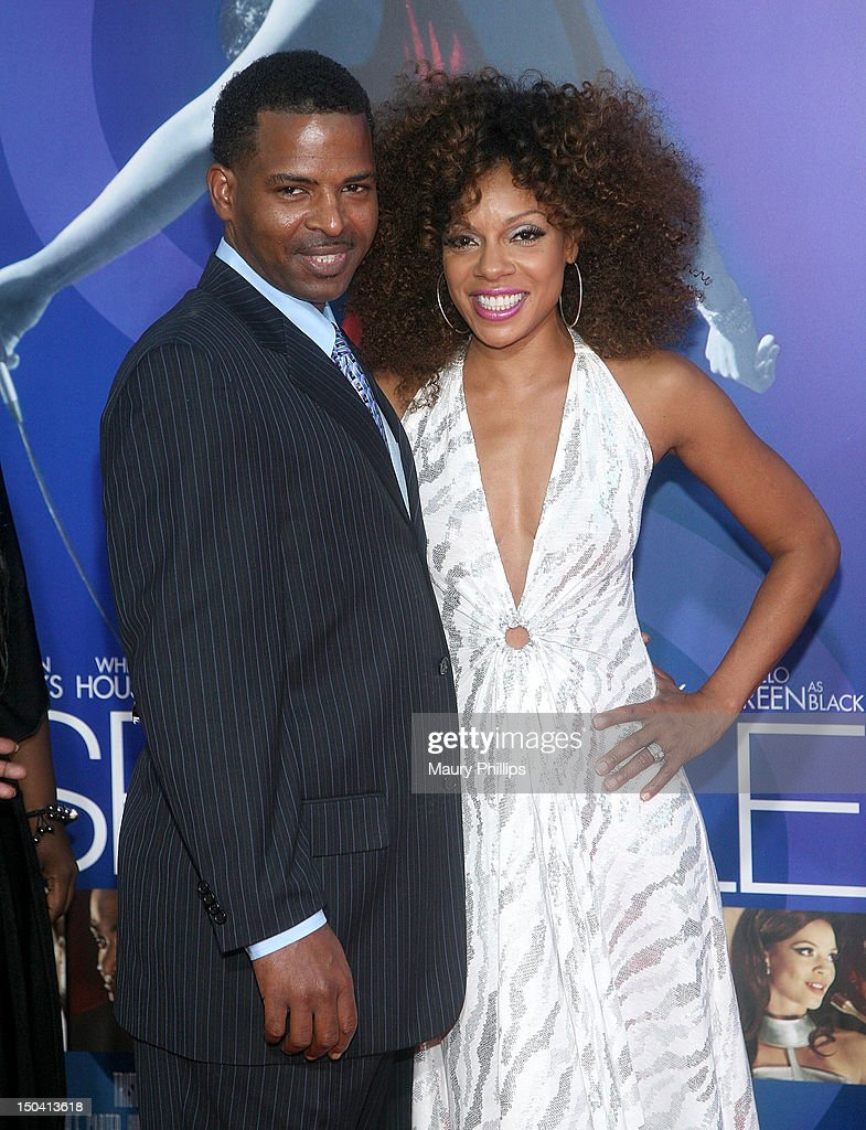 Actress <a gi-track='captionPersonalityLinkClicked' href=/galleries/search?phrase=Wendy+Raquel+Robinson&family=editorial&specificpeople=631178 ng-click='$event.stopPropagation()'>Wendy Raquel Robinson</a> (R) and guest arrive at the Los Angeles Premiere of 'Sparkle' at Grauman's Chinese Theatre on August 16, 2012 in Hollywood, California.