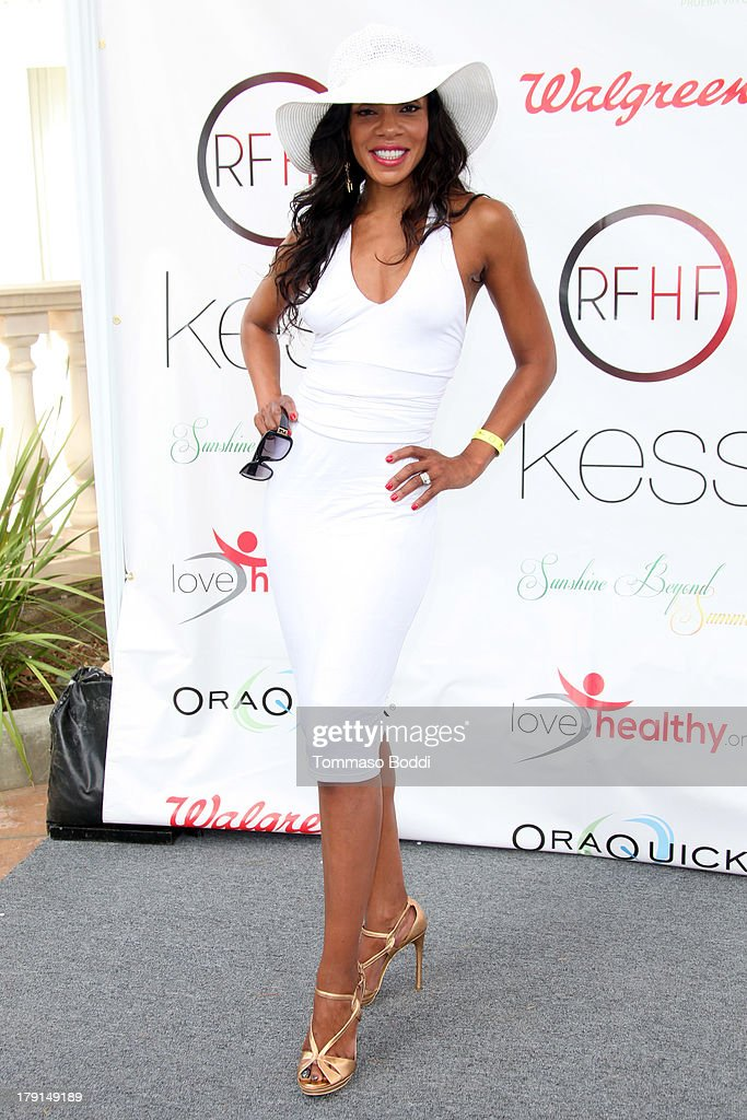 """The Reed For Hope Foundation's 11th Annual """"Sunshine Beyond Summer"""" Celebration"""