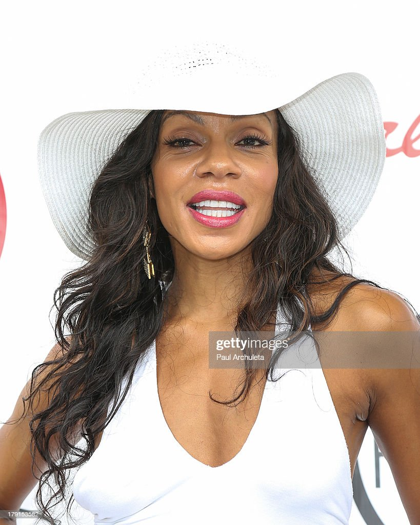 Actress Wendy Raquel Robinson attends the Reed For Hope Foundation's 11th annual 'Sunshine Beyond Summer' celebration on August 31, 2013 in Westlake Village, California.