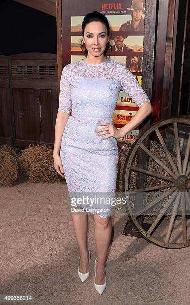 Actress Whitney Cummings attends the Los Angeles premiere of Netflix's 'The Ridiculous 6' at AMC Universal City Walk on November 30 2015 in Universal...