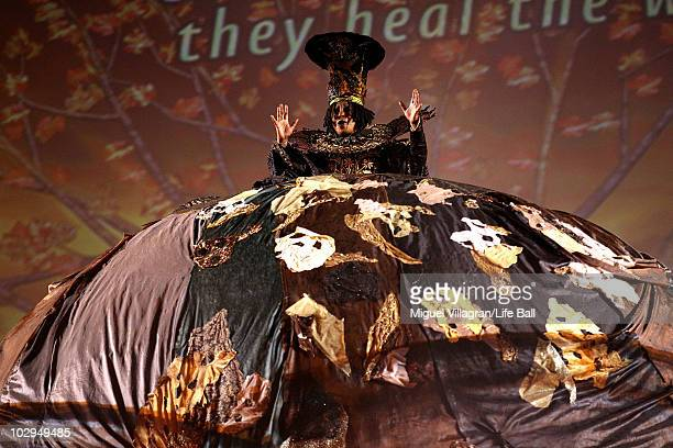 Actress Whoopi Goldberg performs during the 18the Life Ball at the Town Hall on July 17 2010 in Vienna Austria The Life Ball is an annual charity...