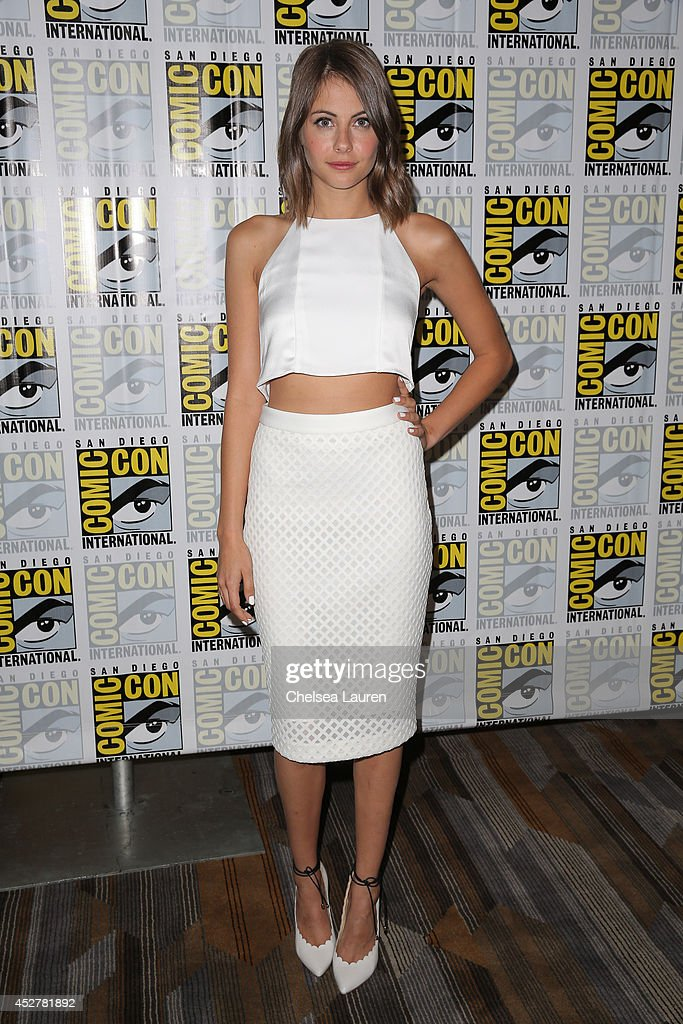 Actress <a gi-track='captionPersonalityLinkClicked' href=/galleries/search?phrase=Willa+Holland&family=editorial&specificpeople=737113 ng-click='$event.stopPropagation()'>Willa Holland</a> attends the 'Arrow' press room at Comic-Con International on July 26, 2014 in San Diego, California.