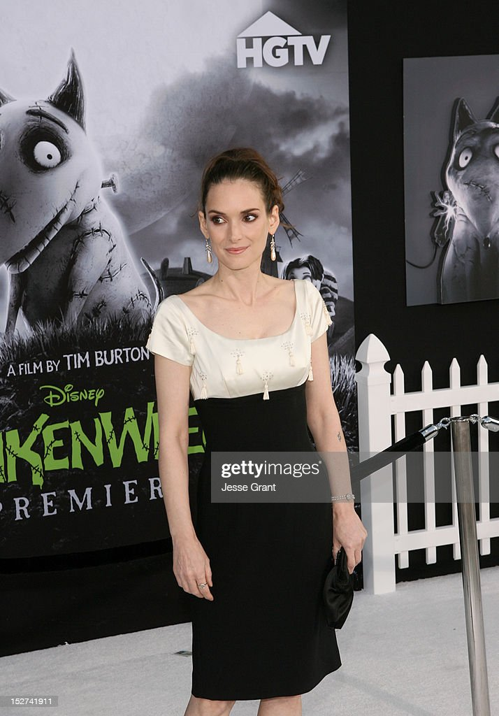 Actress <a gi-track='captionPersonalityLinkClicked' href=/galleries/search?phrase=Winona+Ryder&family=editorial&specificpeople=203145 ng-click='$event.stopPropagation()'>Winona Ryder</a> arrives at Disney's 'Frankenweenie' premiere at the El Capitan Theatre on September 24, 2012 in Hollywood, California.