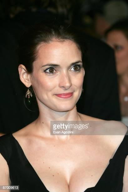 Actress Winona Ryder arrives at the Vanity Fair Oscar Party at Mortons on March 5 2006 in West Hollywood California